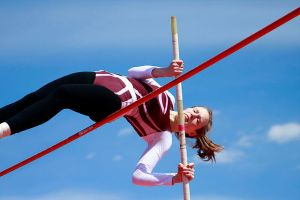UChicago_pole_vault